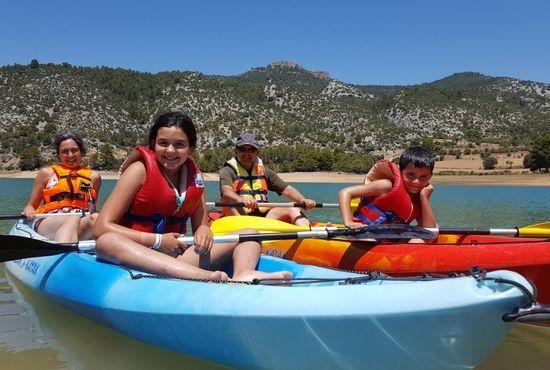 Kayaks para grupos en Pantano de Pena