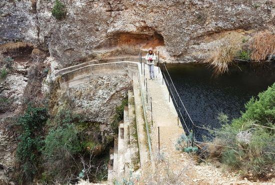 Vistas de la presa en el Barranco de Valdoria