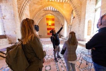 Mostrando la sala principal Castillo Albalate